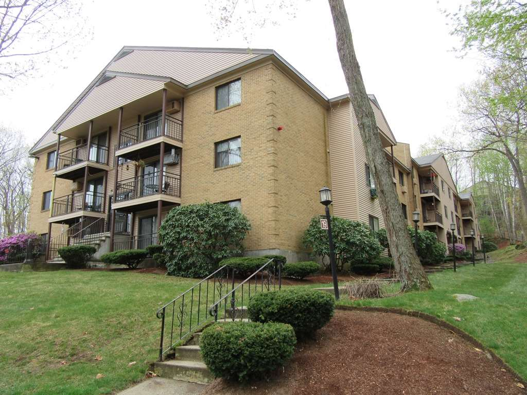 Manchester NHCondo for sale $List Price is $119,900