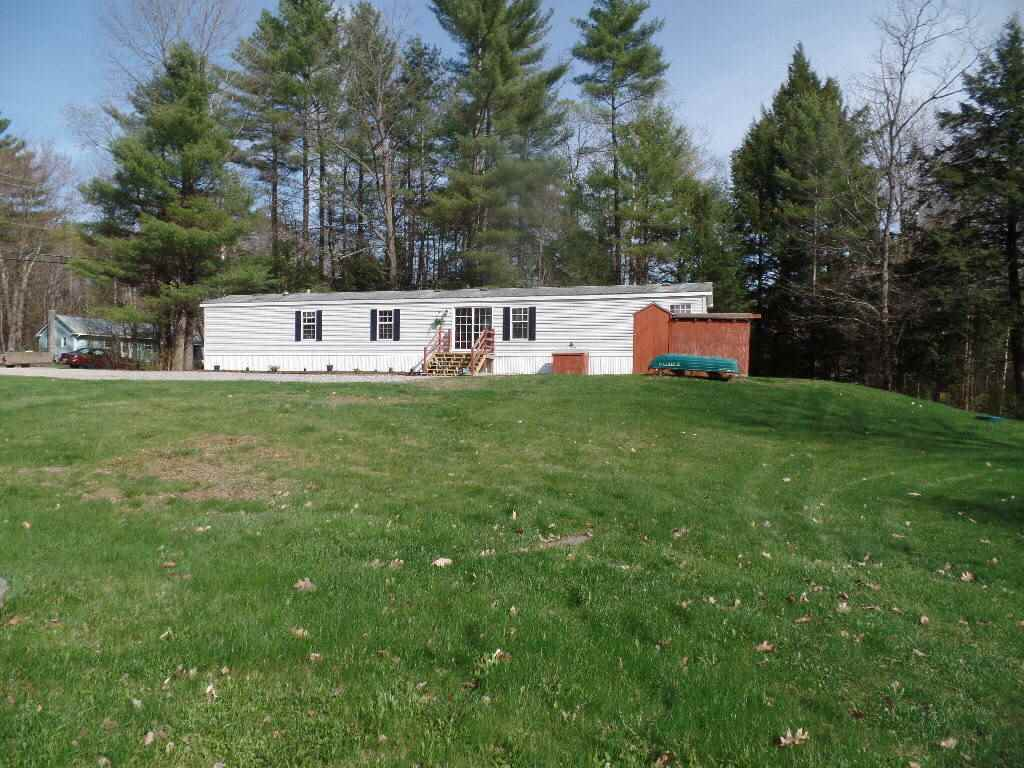 NEWPORT NH Mobile-Manufacured Home for sale $$89,900 | $84 per sq.ft.