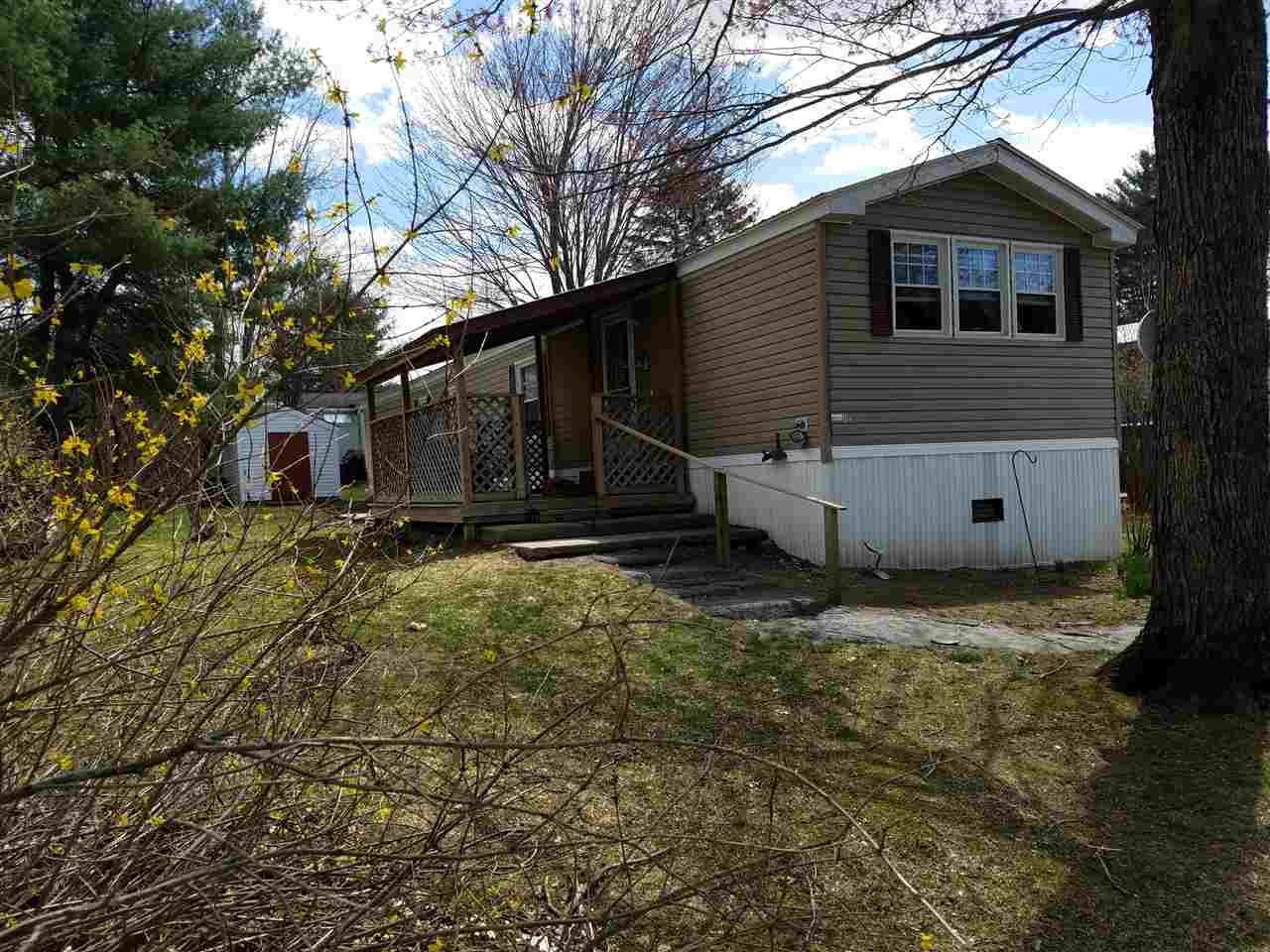CHARLESTOWN NHMobile-Manufacured Home for sale $$27,500 | $29 per sq.ft.