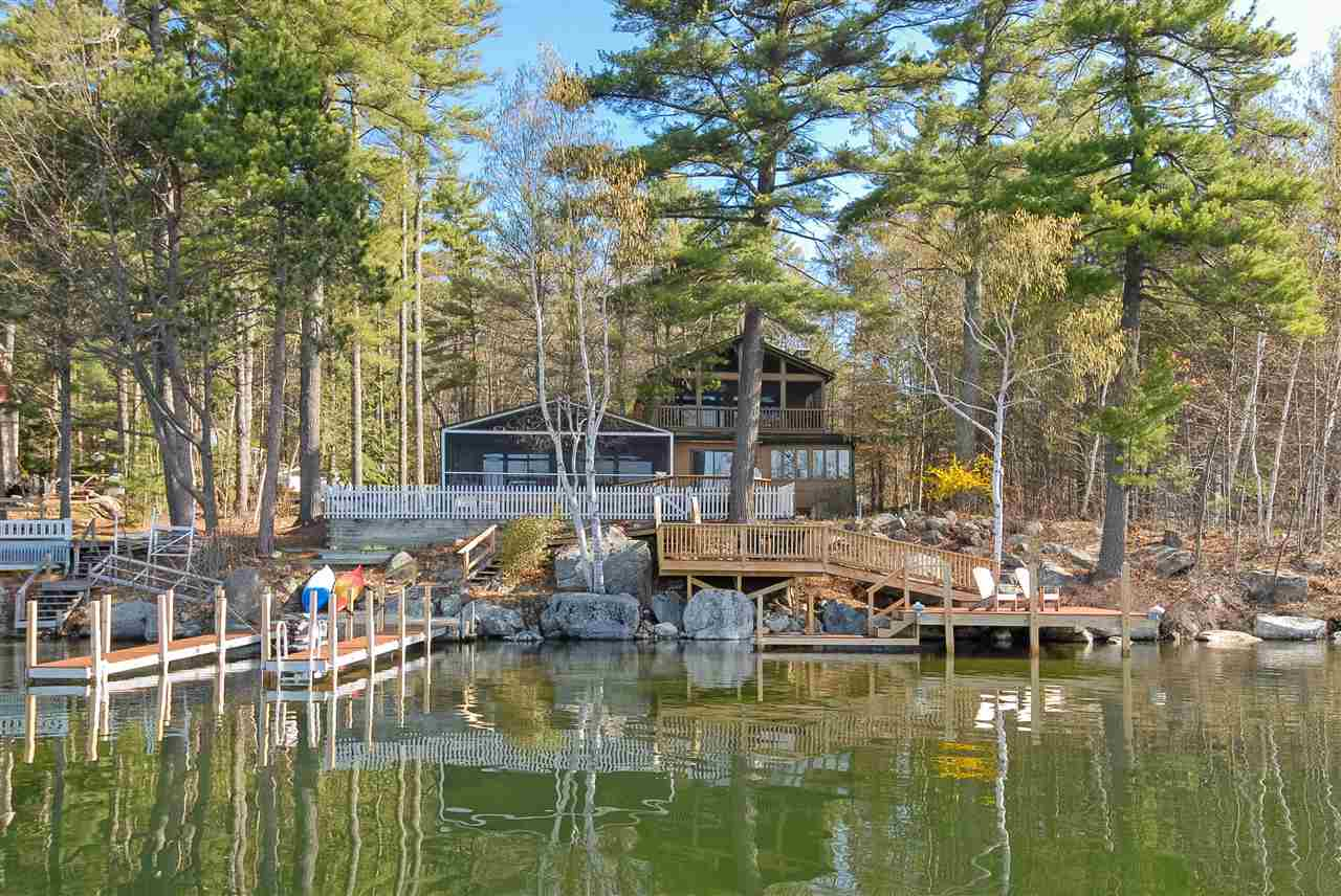 MOULTONBOROUGH NH  Home for sale $975,000