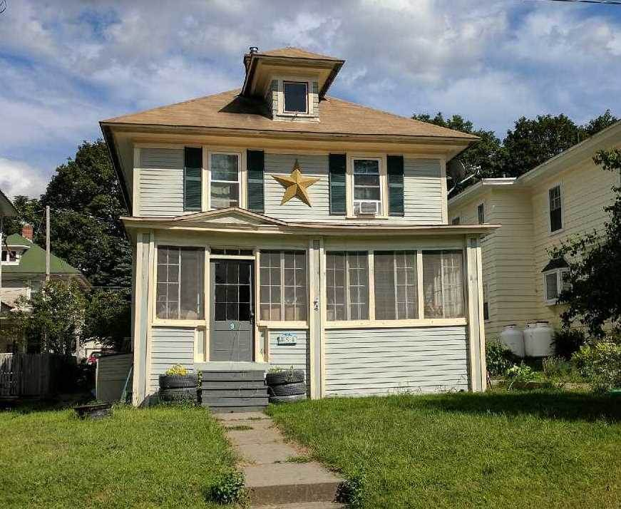 WINDSOR VTHome for sale $$119,000 | $113 per sq.ft.