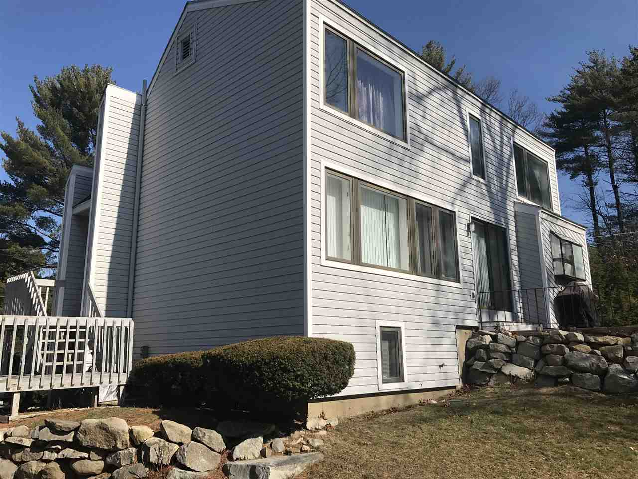 Nashua NH Condo for sale $List Price is $250,000