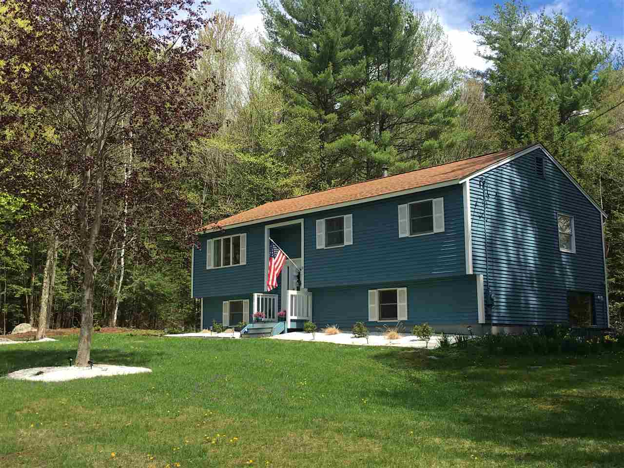 Chester NH Home for sale $List Price is $299,999