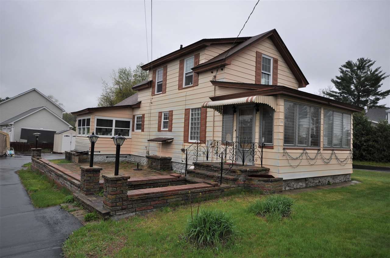 Goffstown NH Home for sale $List Price is $159,900