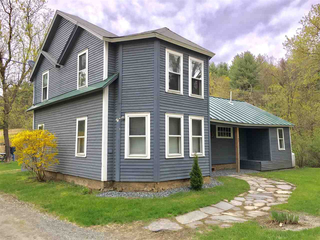 HARTLAND VT Home for sale $$225,000 | $121 per sq.ft.