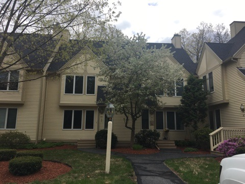 Nashua NH Condo for sale $List Price is $208,525