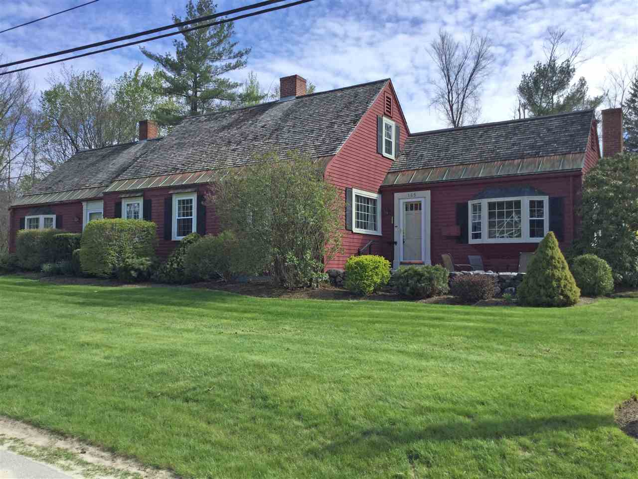 NEW LONDON NH Home for sale $$365,000 | $159 per sq.ft.