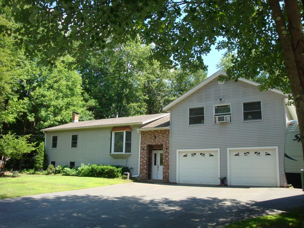 HINSDALE NH Home for sale $$234,500 | $128 per sq.ft.