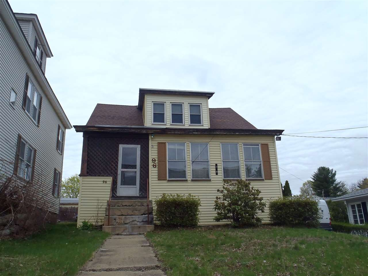 Manchester NH Home for sale $List Price is $127,000