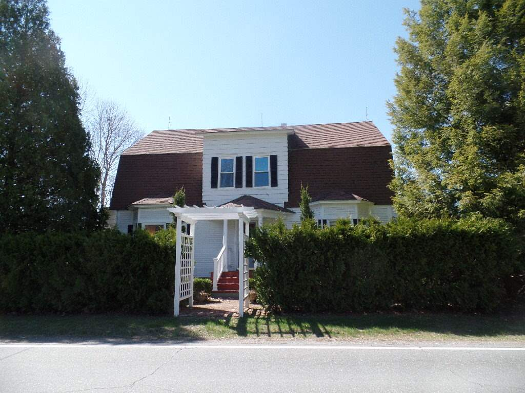448 Windsor, Claremont, NH 03743