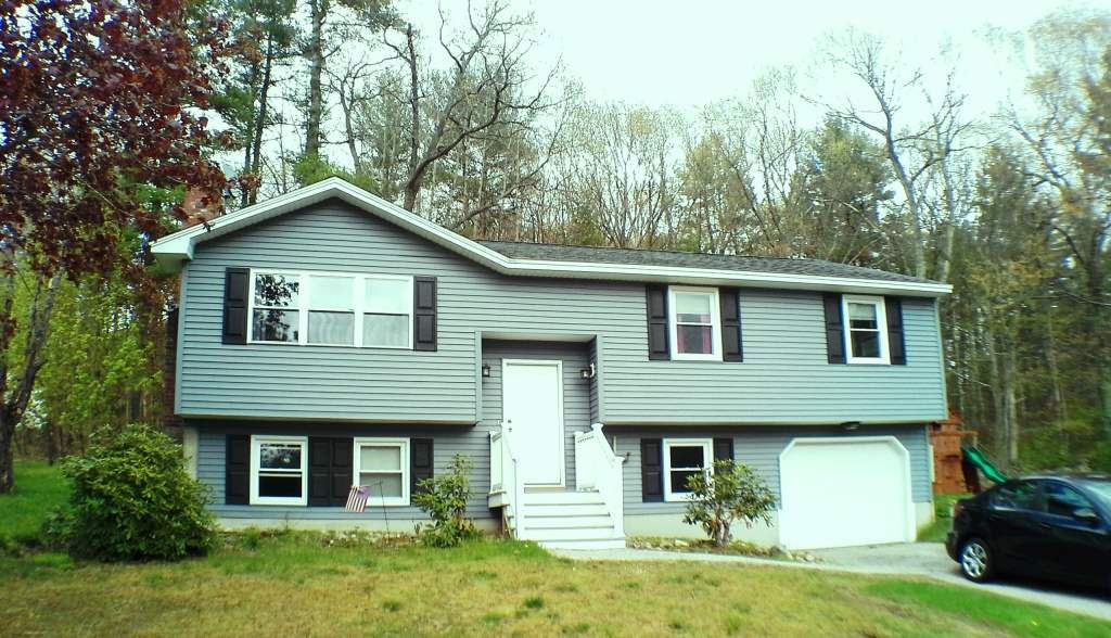 Londonderry NH Home for sale $List Price is $249,900