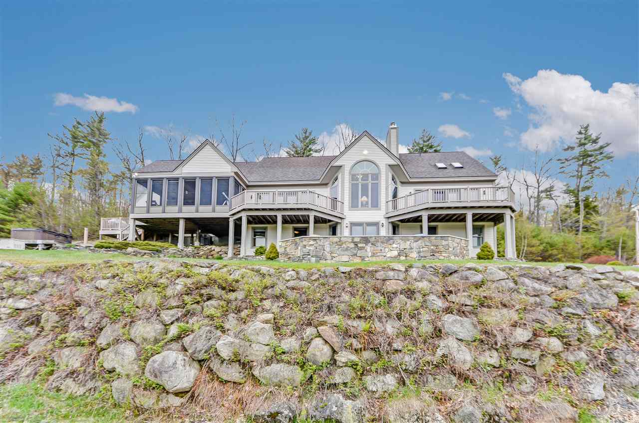HOLDERNESS NH Home for sale $679,000