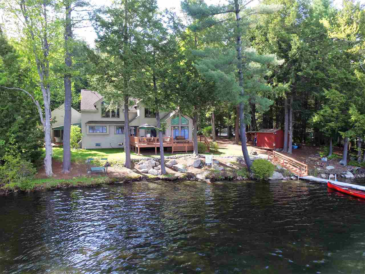 SUNAPEE NH Lake House for sale $$650,000 | $220 per sq.ft.