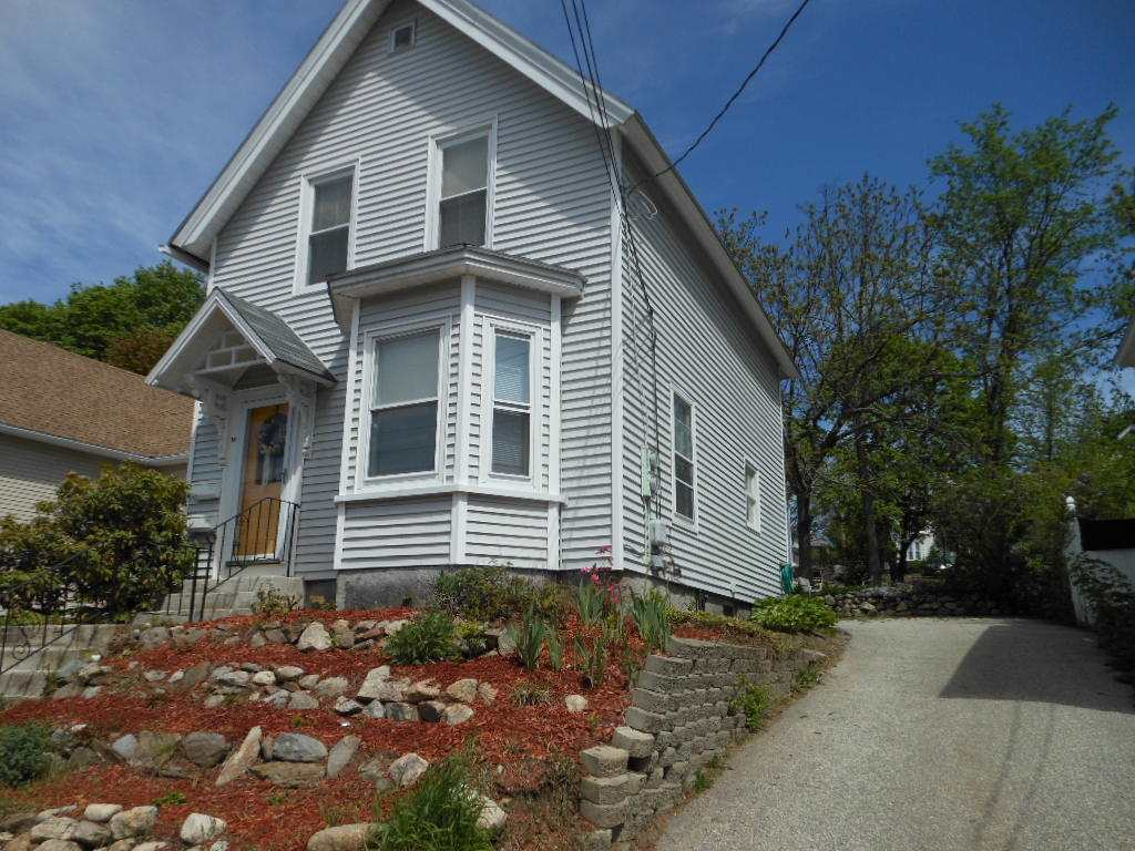 image of Manchester NH  2 Unit Multi Family | sq.ft. 2332