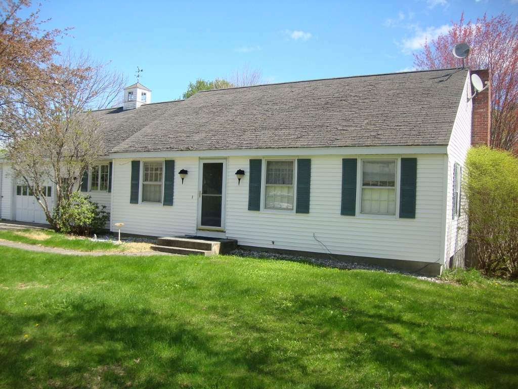 NEW LONDON NH Home for sale $$239,000 | $178 per sq.ft.