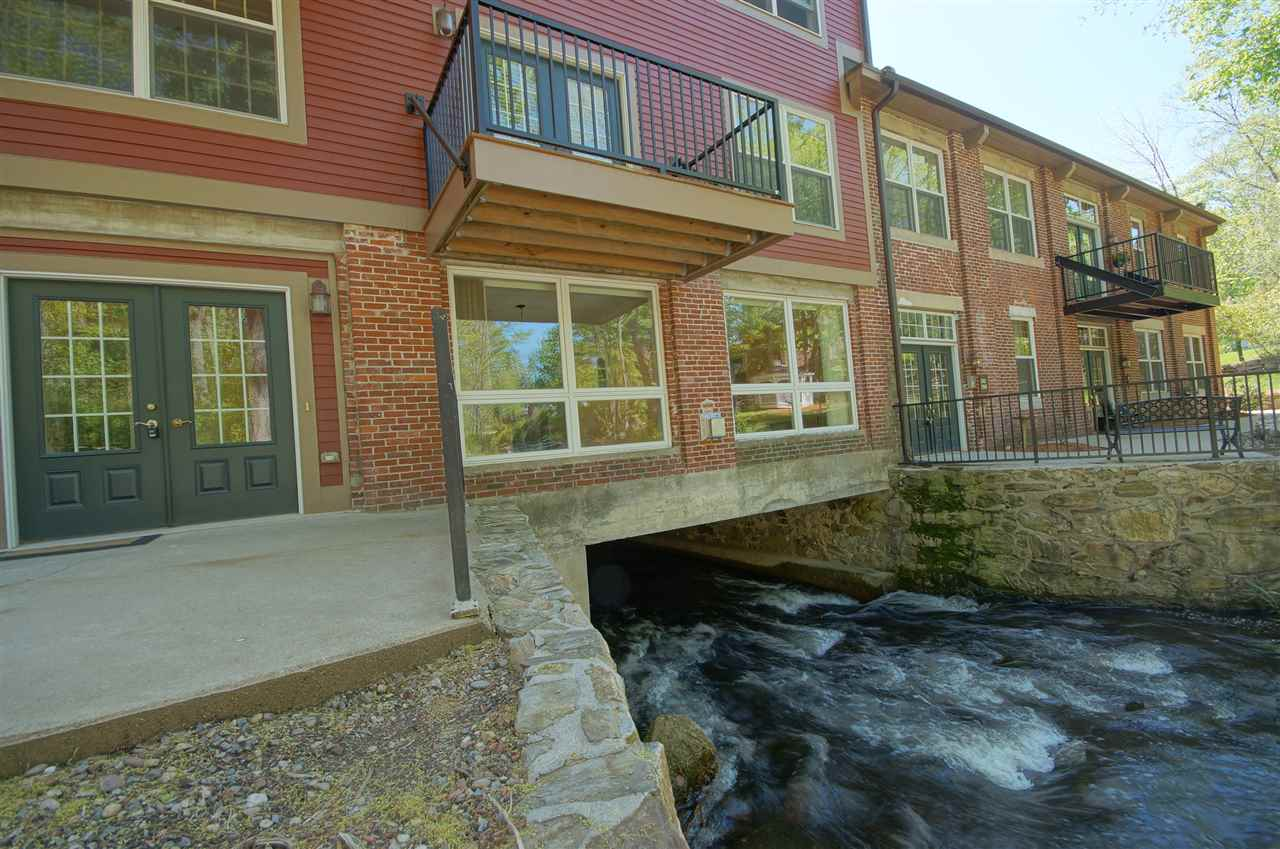 image of Derry NH Condo | sq.ft. 1125