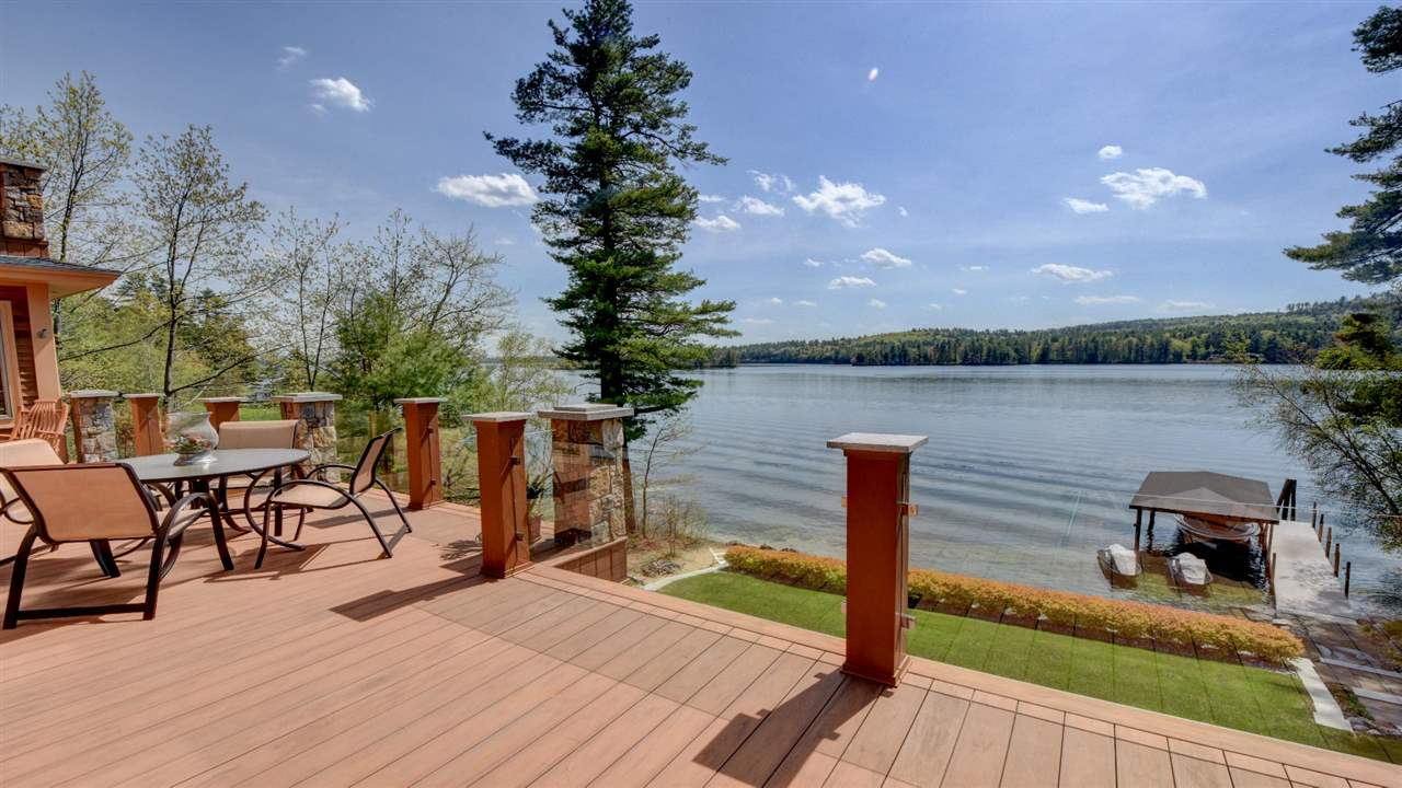Moultonborough NH Home mls no. 4634936 with 112 ft. owned waterfront