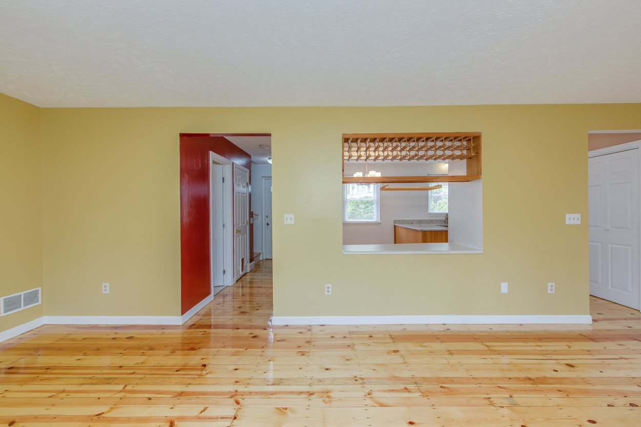 image of Derry NH Condo | sq.ft. 1770