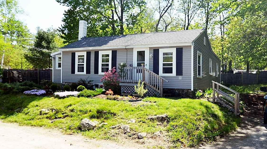 Hooksett NH Home for sale $List Price is $159,900