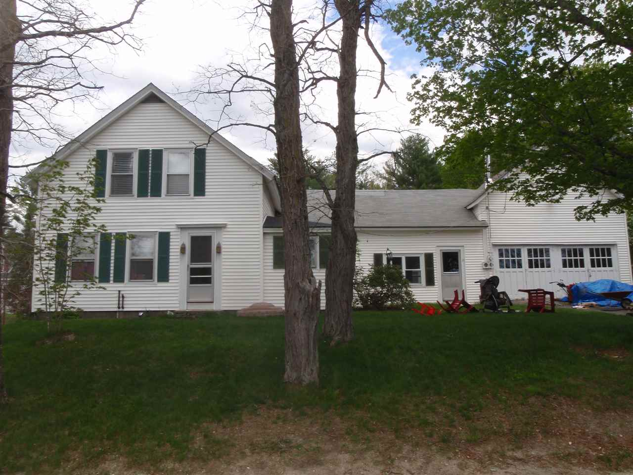 37 Library Road, Grafton, NH 03240