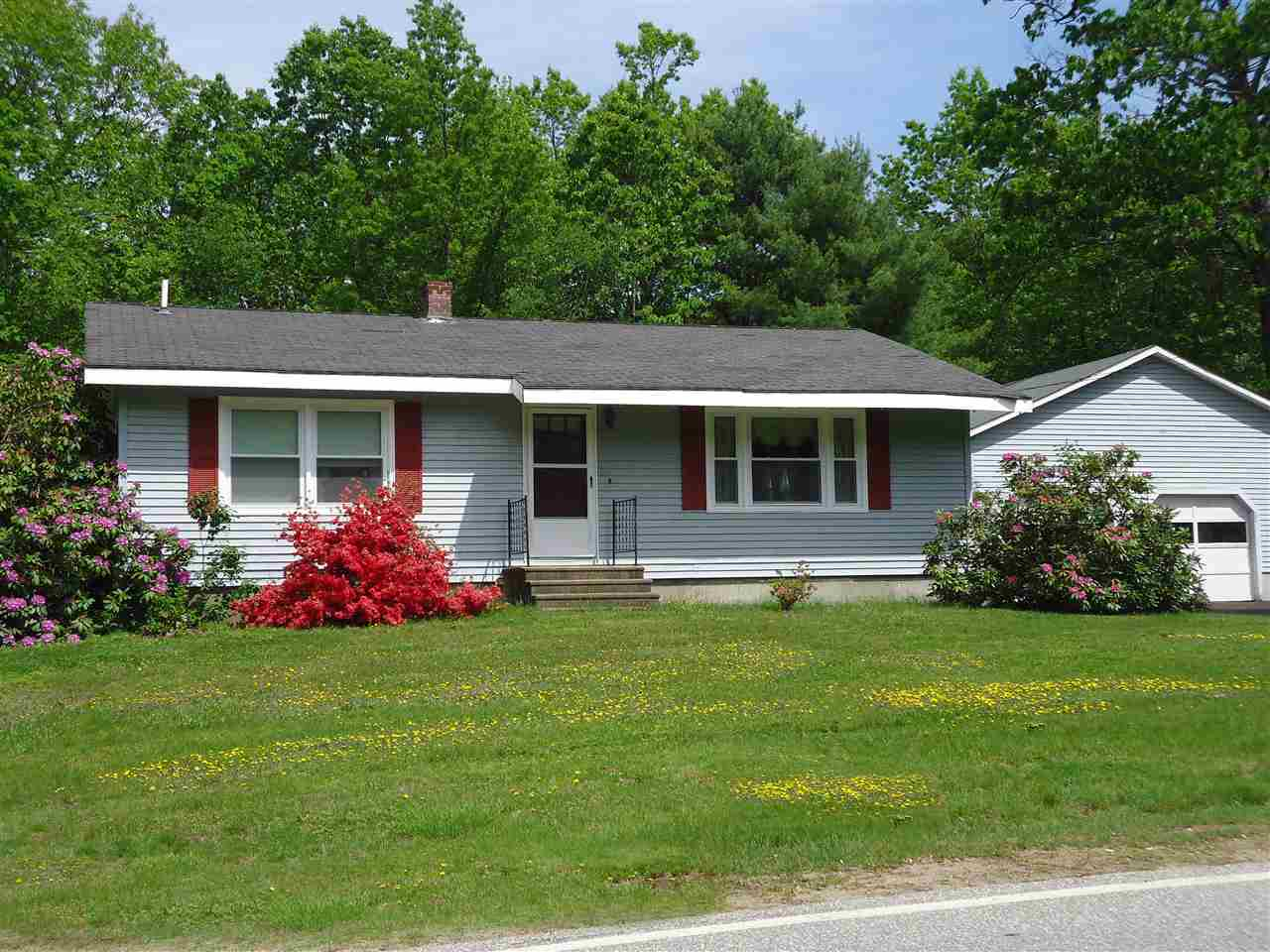 Hooksett NH Home for sale $List Price is $205,000