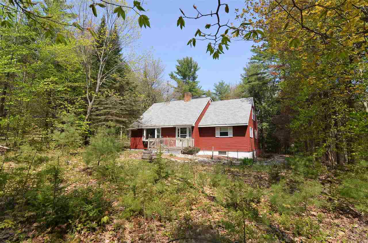 SUNAPEE NH Home for sale $$259,000 | $128 per sq.ft.