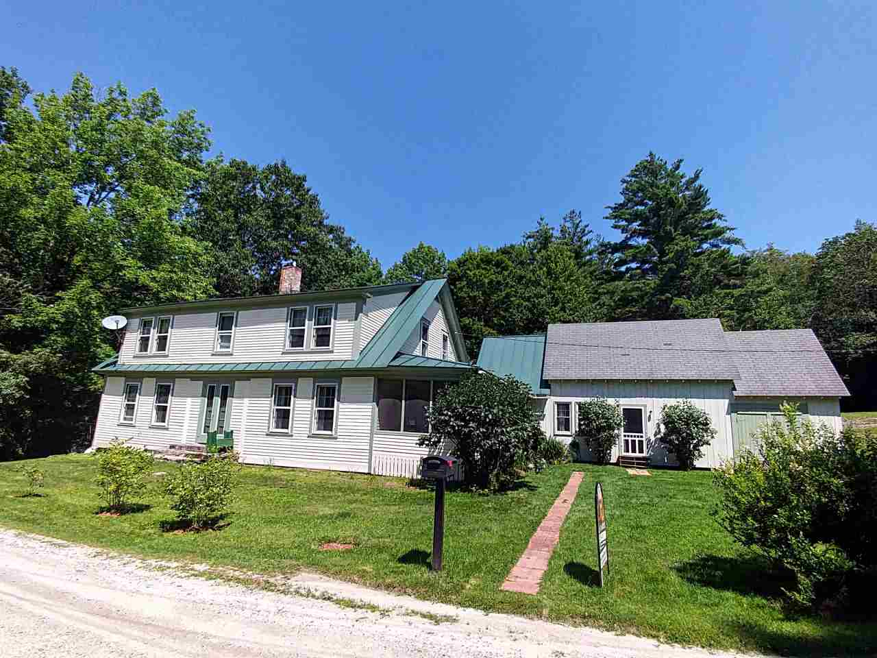 GOSHEN NH Lake House for sale $$299,000 | $91 per sq.ft.