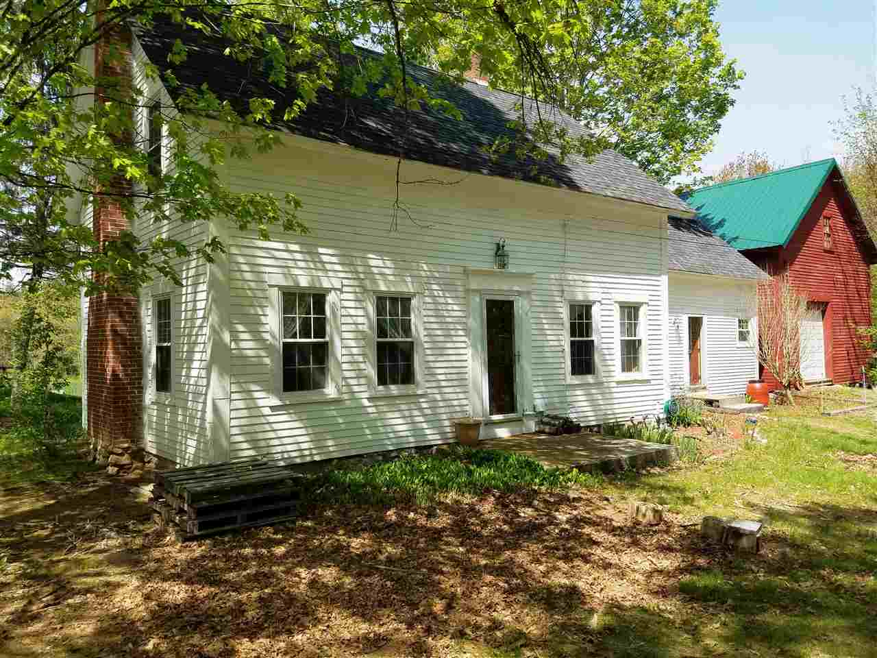 Francestown NH Home for sale $List Price is $229,900
