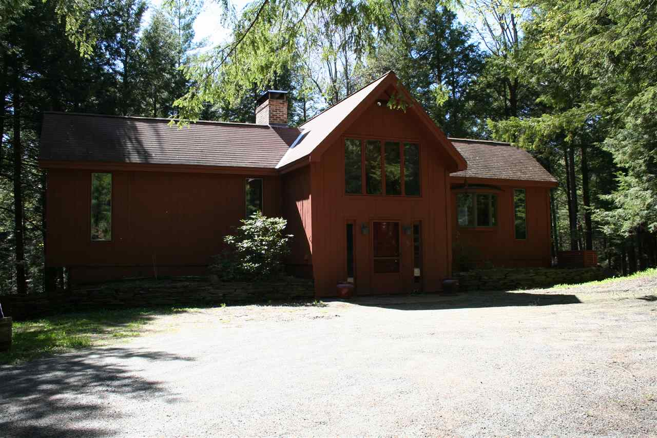 VILLAGE OF QUECHEE IN TOWN OF HARTFORD VT Home for sale $$159,000 | $183 per sq.ft.