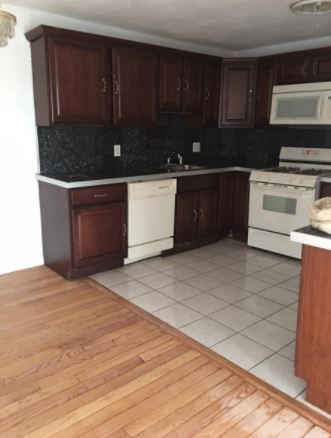 SALEM NH Condo for rent $Condo For Lease: $1,350 with Lease Term