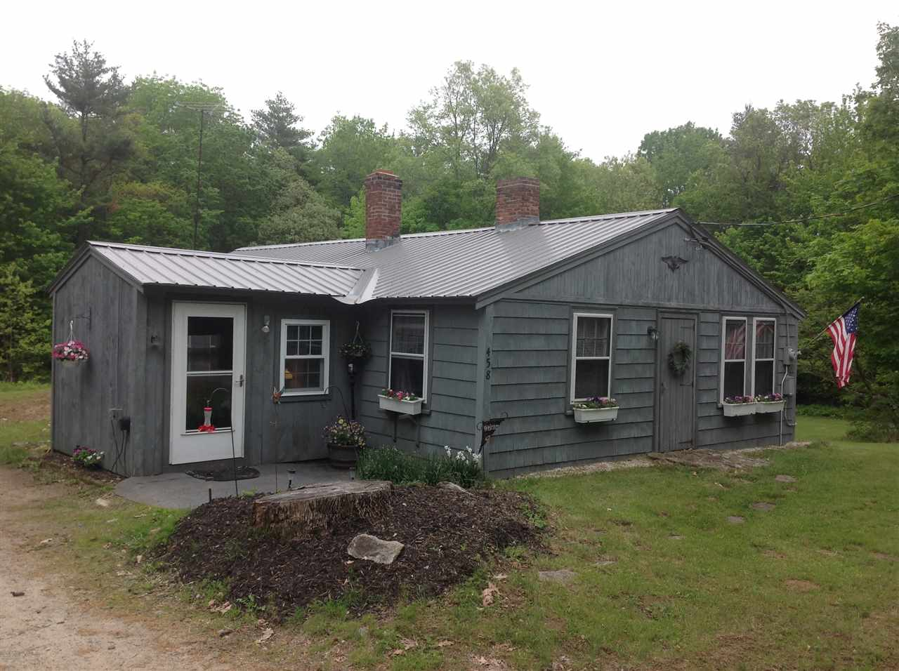 Goffstown NH Home for sale $List Price is $155,000