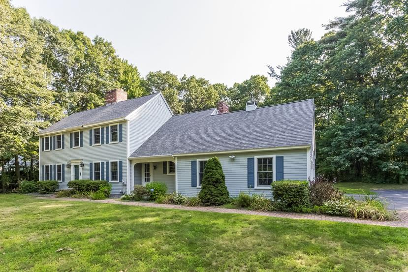 ATKINSON NH Home for sale $$564,900 | $193 per sq.ft.