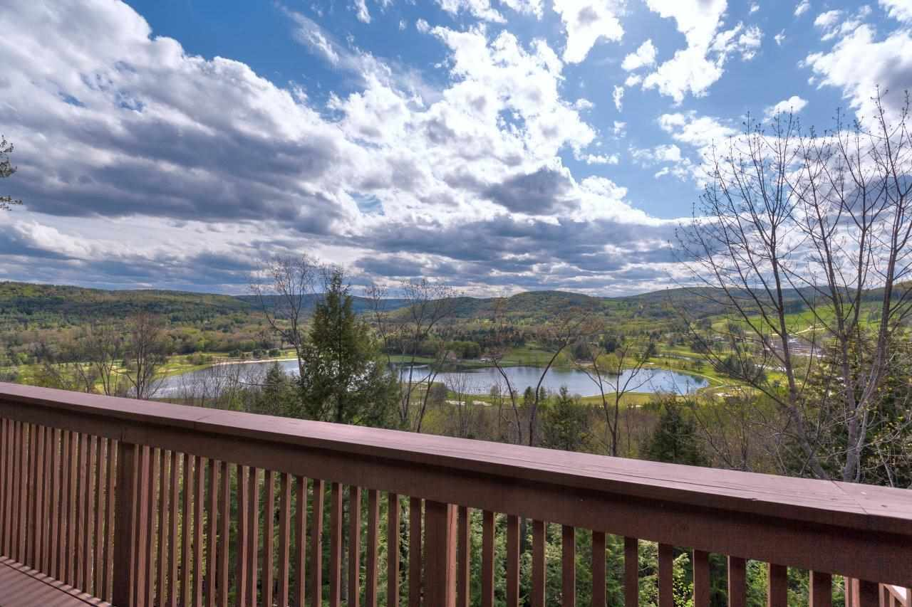 VILLAGE OF QUECHEE IN TOWN OF HARTFORD VT Condo for sale $$249,000 | $248 per sq.ft.