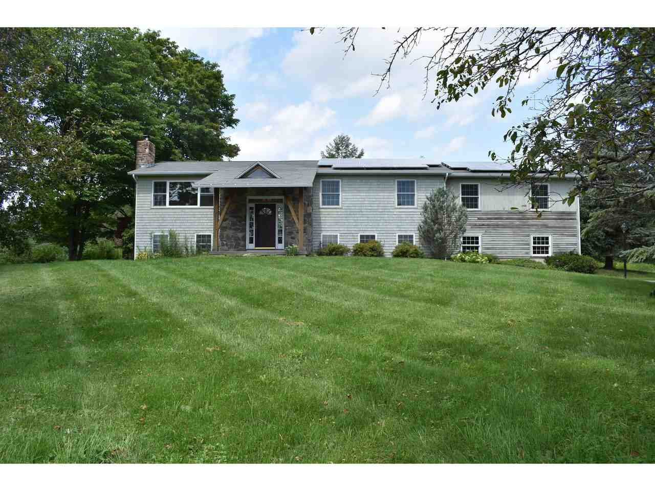1699 Irish Hill Road Shelburne Vt 05482 In County Mls 4636721 Offered At 399 000 Bean Group