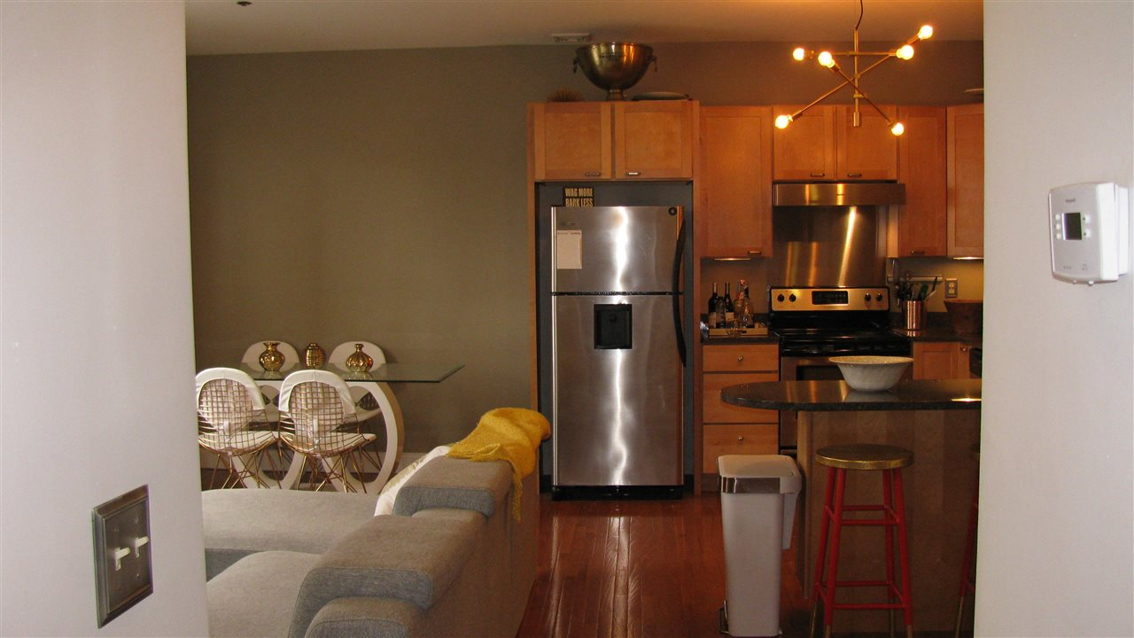 Manchester NH Condo for sale $List Price is $135,000