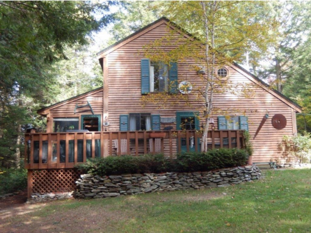 114 Halfmoon Pond Road, Grafton, NH 03240