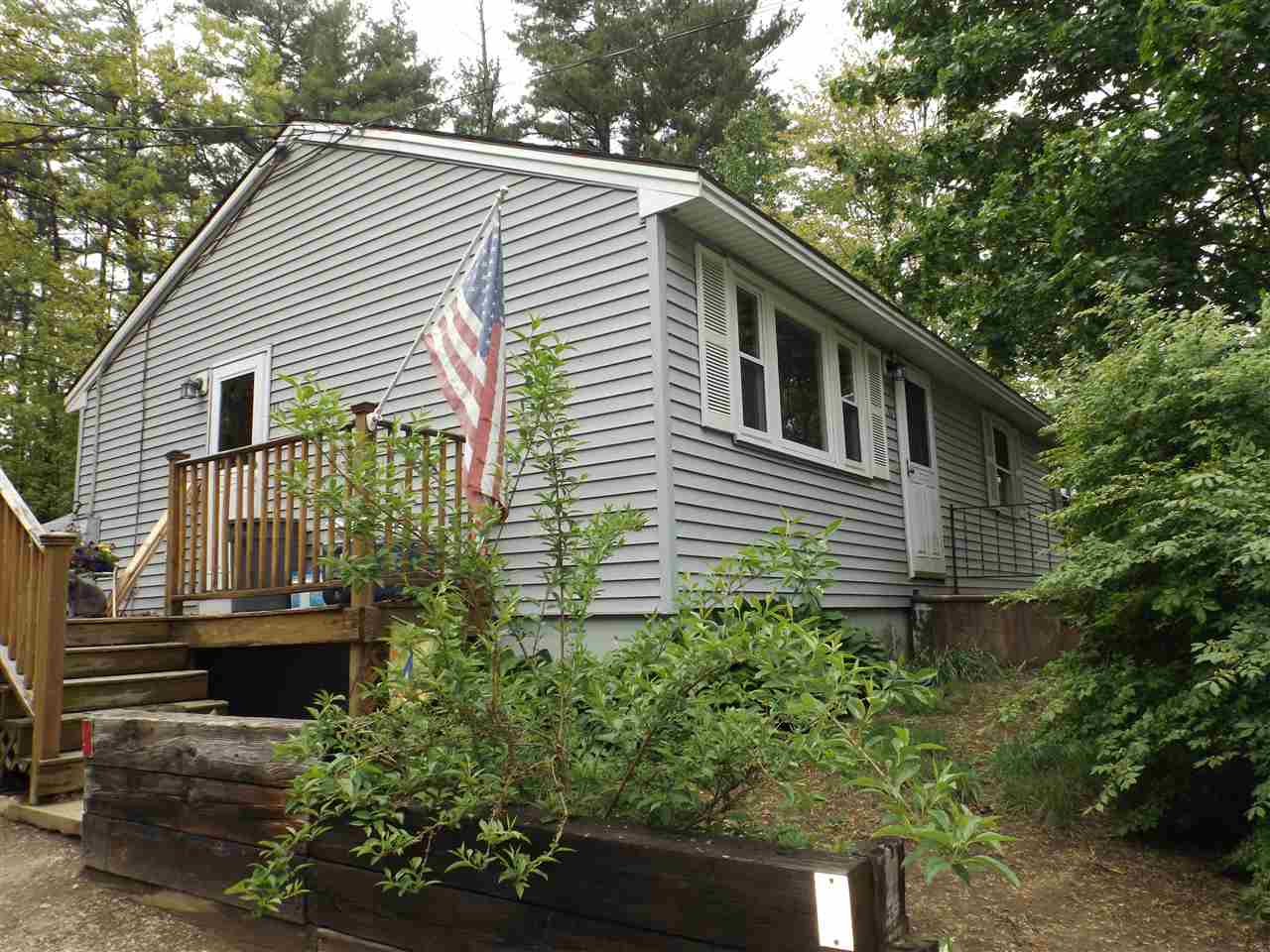 Allenstown NH Home for sale $List Price is $155,000
