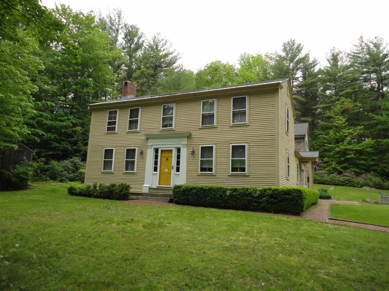 Mont Vernon NH Home for sale $List Price is $310,000