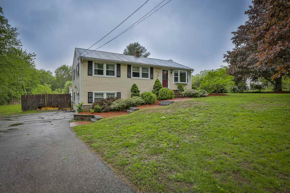 Windham NHHome for sale $List Price is $339,000