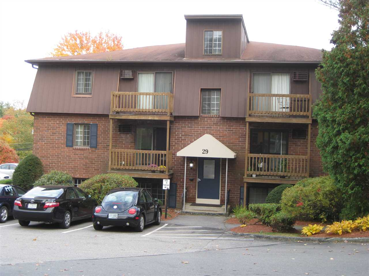 MANCHESTER NHCondo for rent $Condo For Lease: $800 with Lease Term