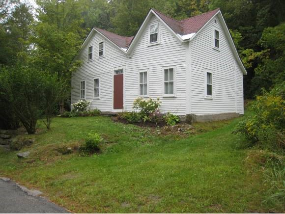 SUTTON NH Home for sale $$173,000 | $109 per sq.ft.