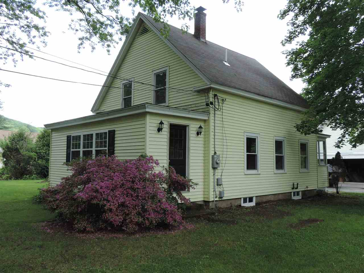 WALPOLE NH Home for sale $$189,500 | $99 per sq.ft.