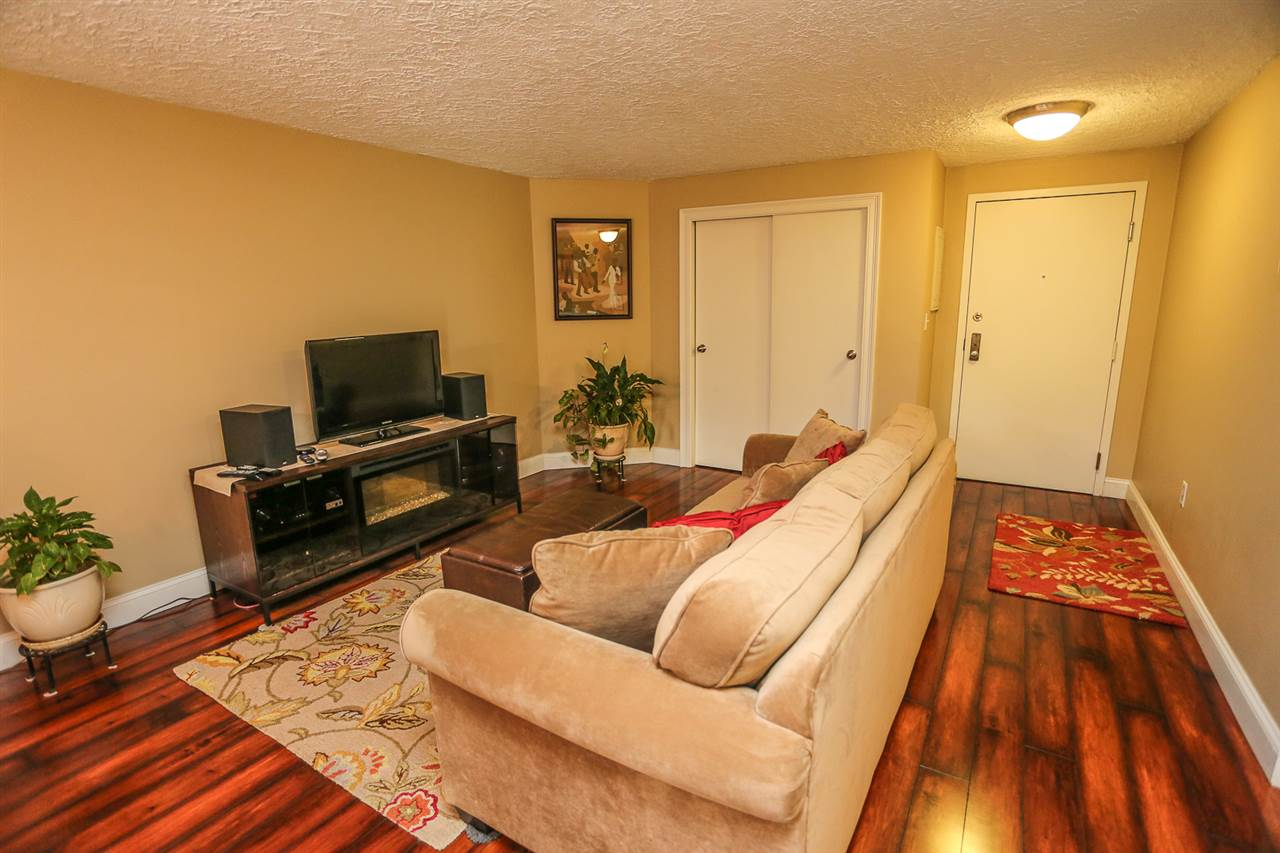 Manchester NH Condo for sale $List Price is $175,000
