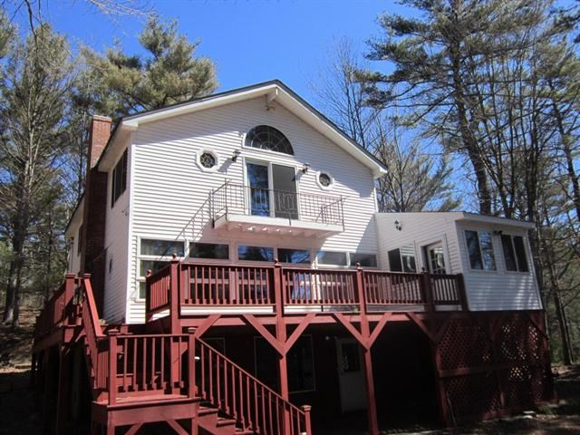 Wakefield NH Home for sale $$479,900 $243 per sq.ft.