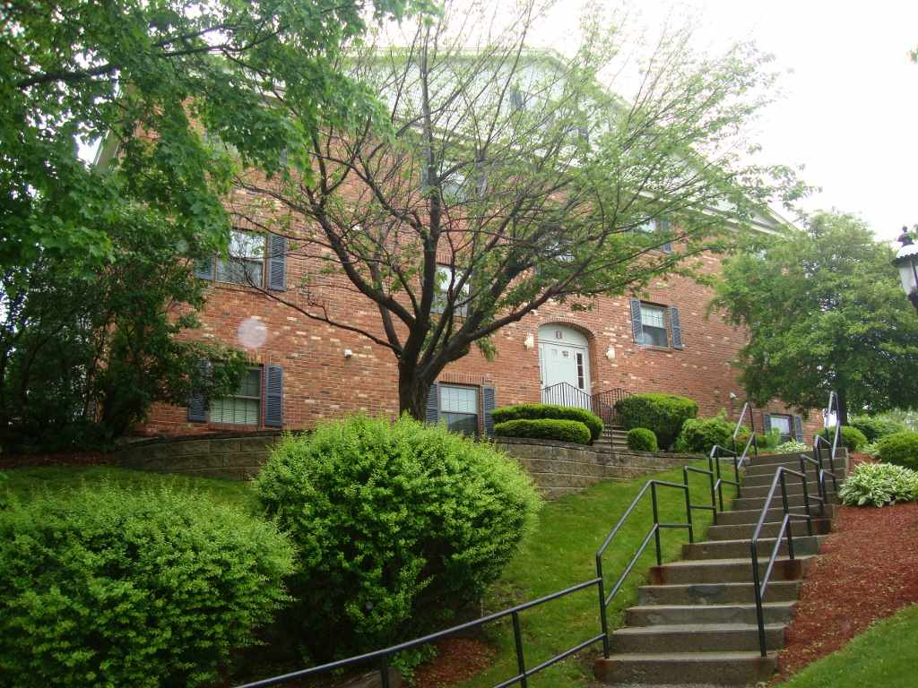 Derry NH Condo for sale $List Price is $99,000