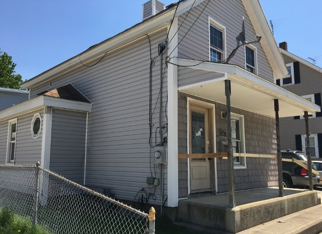 Nashua NHHome for sale $List Price is $125,000