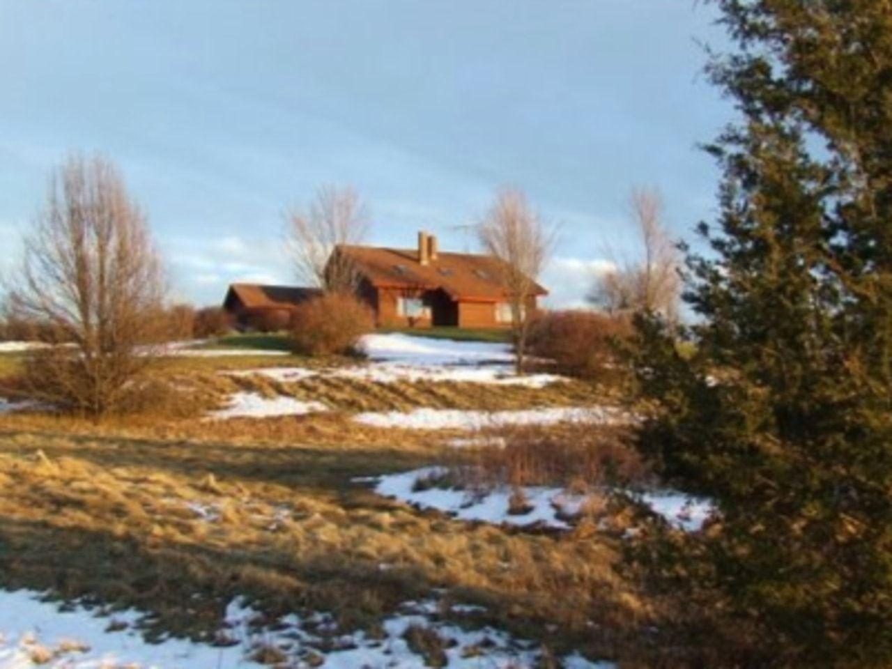 VERGENNES VTLake House for sale $$749,000 | $346 per sq.ft.