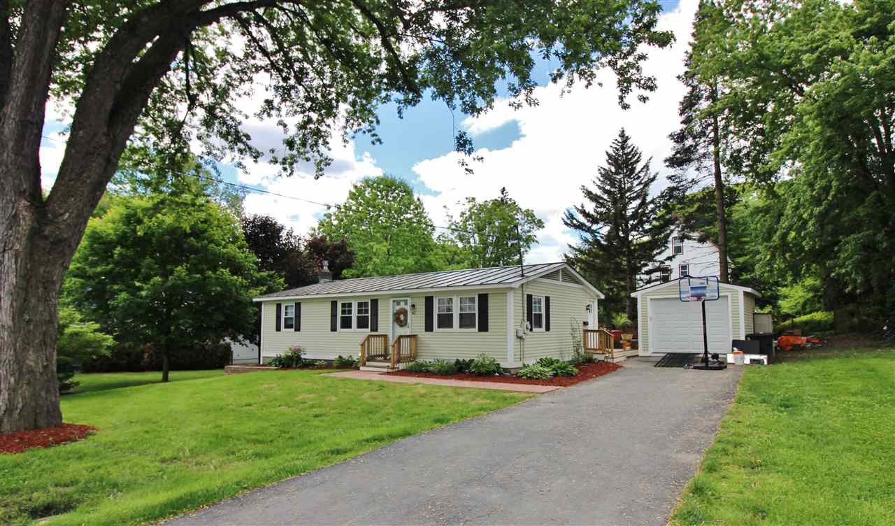 HARTFORD VT Home for sale $$189,000 | $188 per sq.ft.