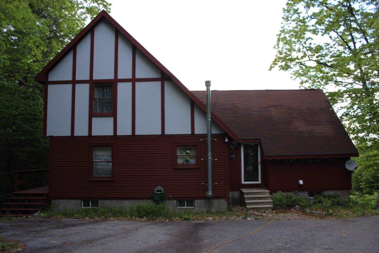Effingham NH Home for sale $$148,000 $99 per sq.ft.