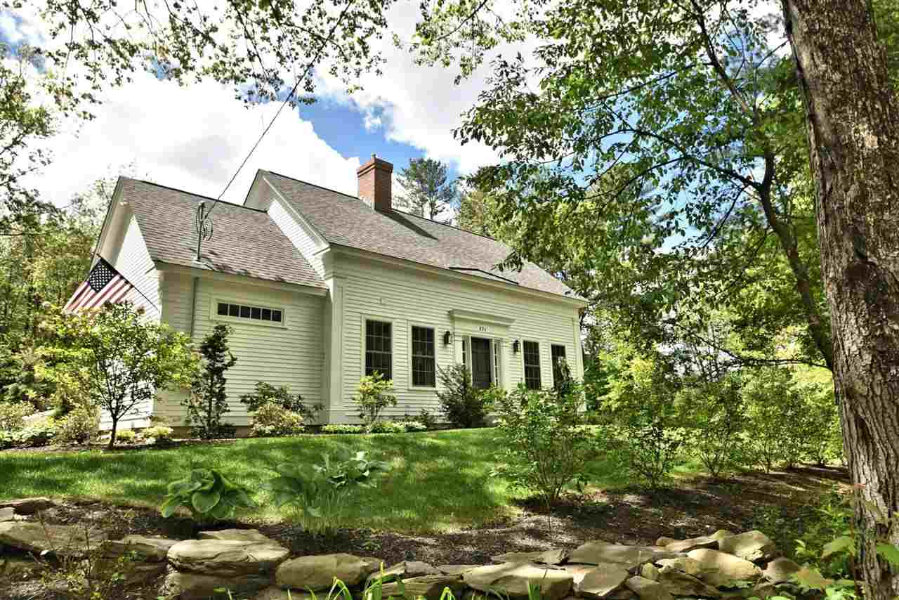 SANDWICH NH  Home for sale $379,900